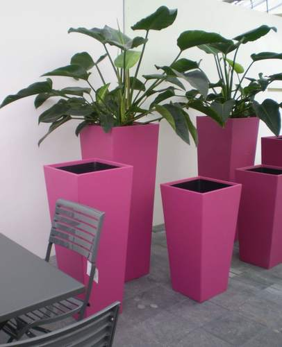 Vase fuchsia faux leather in three sizes